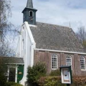 Markenbinnen Kerk buitenkant
